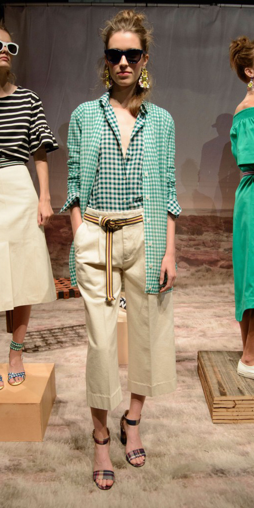 o-tan-culottes-pants-green-emerald-collared-shirt-green-light-cardiganl-belt-bun-sun-hairr-spring-summer-style-fashion-wear-gingham-khaki-jcrew-mix-prints-lunch.jpg