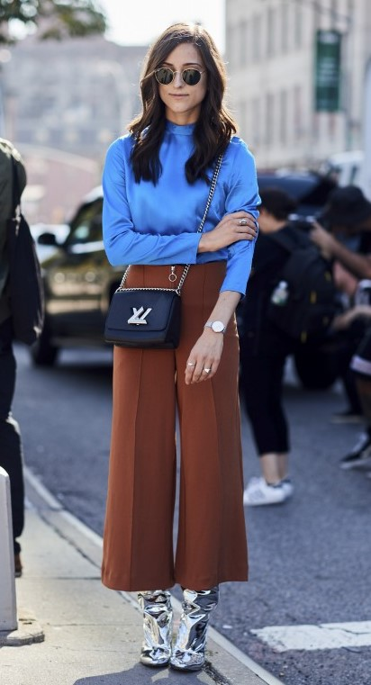 camel-culottes-pants-gray-shoe-boots-silver-metallic-black-bag-blue-blouse-brun-sun-fall-winter-lunch.jpg
