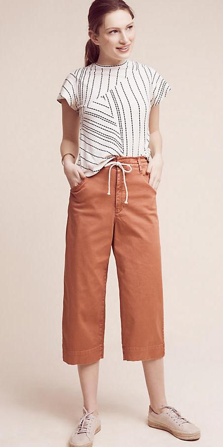 orange-culottes-pants-white-top-tan-shoe-flats-pony-spring-summer-hairr-weekend.jpg