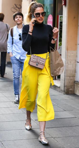 yellow-culottes-pants-black-sweater-pony-pink-bag-sun-tan-shoe-flats-spring-summer-hairr-lunch.jpg