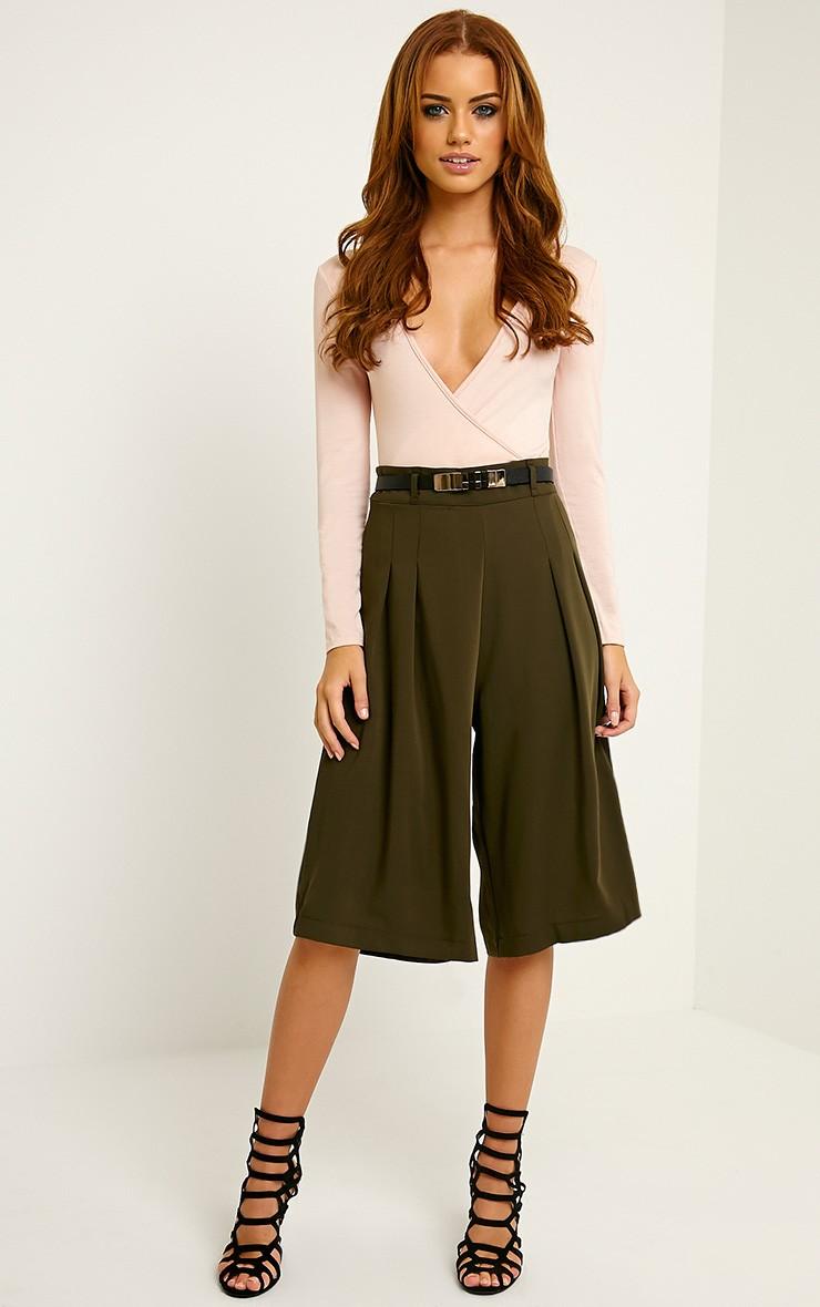 green-olive-culottes-pants-belt-black-shoe-sandalh-spring-summer-brun-dinner.jpg