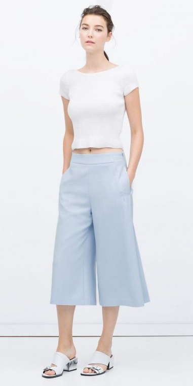 blue-light-culottes-pants-white-tee-brun-pony-spring-summer-style-fashion-wear-white-shoe-mules-lunch.jpg