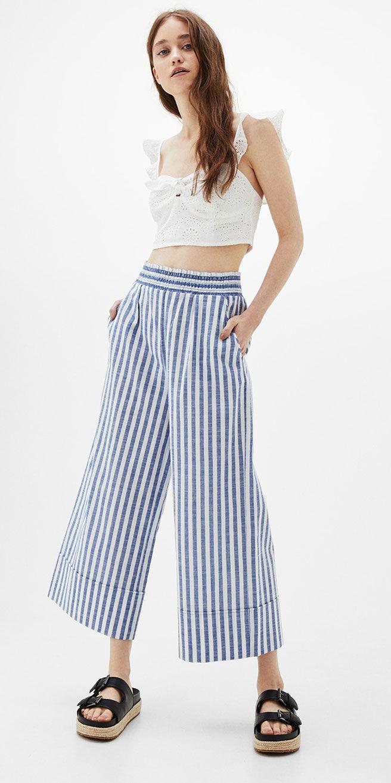 blue-med-culottes-pants-vertical-stripe-white-crop-top-hairr-black-shoe-sandals-spring-summer-weekend.jpg