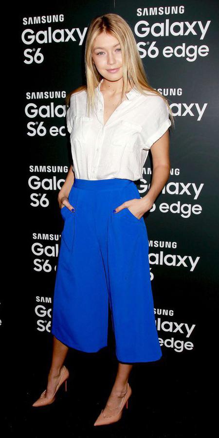 blue-med-culottes-pants-cobalt-white-top-blouse-tan-shoe-pumps-spring-summer-blonde-gigihadid-dinner.jpg