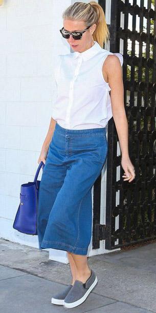 blue-med-culottes-pants-denim-jean-white-top-gwynethpaltro-sun-blue-bag-tote-gray-shoe-sneakers-spring-summer-blonde-weekend.jpg