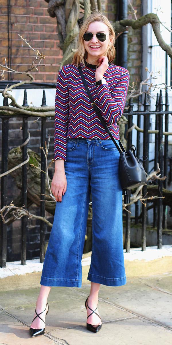 blue-med-culottes-pants-denim-red-sweater-print-sun-black-bag-black-shoe-pumps-fall-winter-blonde-lunch.jpg