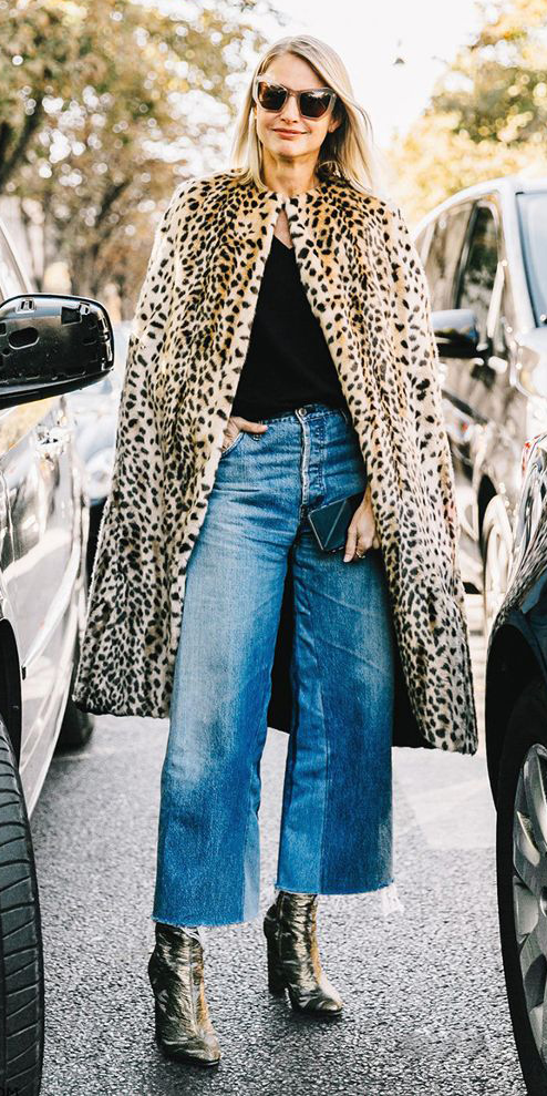 blue-med-culottes-pants-denim-tan-shoe-booties-gold-leopard-print-sun-tan-jacket-coat-fur-fuzz-fall-winter-blonde-lunch.jpg