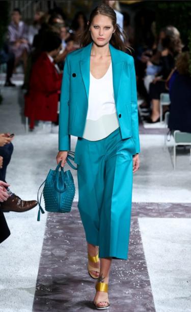 blue-med-culottes-pants-blue-med-jacket-blazer-suit-blue-bag-yellow-shoe-sandalh-spring-summer-hairr-lunch.jpg