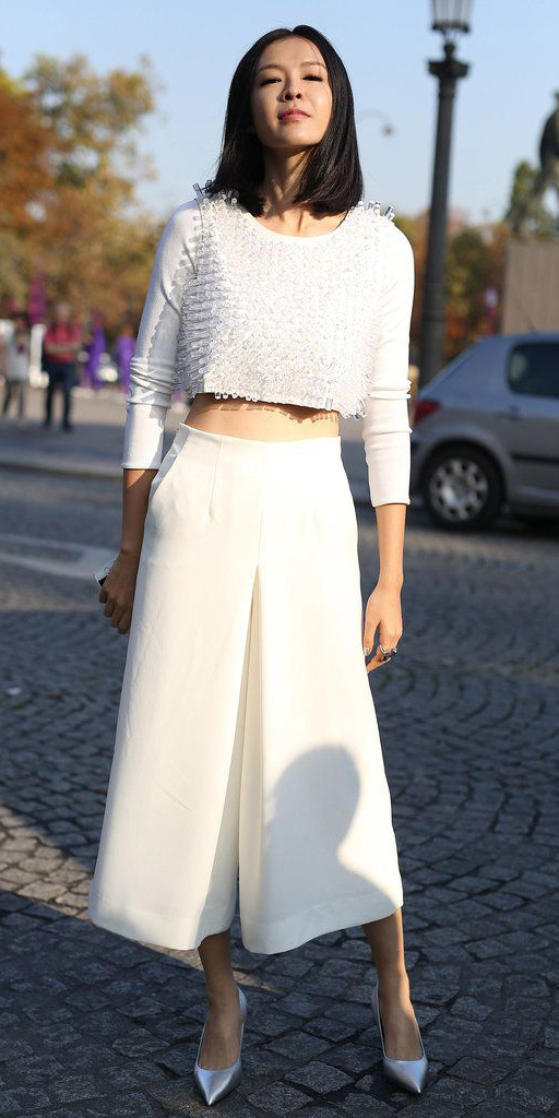 white-culottes-pants-white-crop-top-gray-shoe-pumps-metallic-fall-winter-brun-dinner.jpg