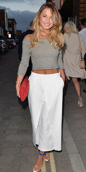 white-culottes-pants-red-bag-clutch-spring-summer-blonde-dinner.jpg
