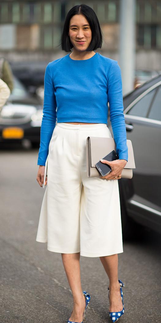 white-culottes-pants-evachen-blue-med-crop-top-blue-shoe-pumps-print-dot-spring-summer-brun-dinner.jpg