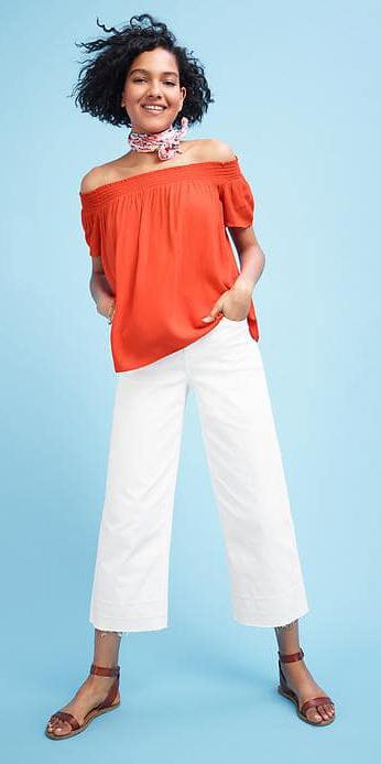 white-culottes-pants-orange-top-offshoulder-pink-light-scarf-neck-brown-shoe-sandals-brun-spring-summer-lunch.jpg