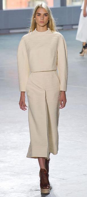 white-culottes-pants-match-set-cognac-shoe-booties-fall-winter-blonde-lunch.jpg