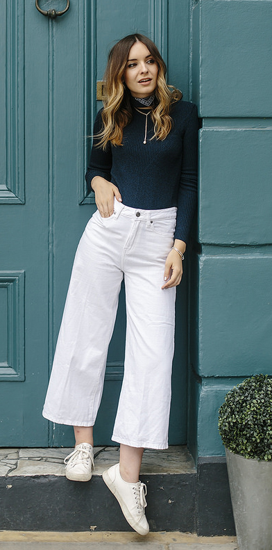 white-culottes-pants-black-sweater-hairr-necklace-spring-summer-style-fashion-wear-neck-black-scarf-white-shoe-sneakers-weekend.jpg
