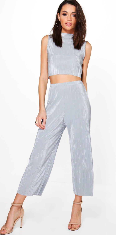 grayl-culottes-pants-grayl-crop-top-silver-match-set-tan-shoe-sandalh-hoops-spring-summer-brun-dinner.jpg