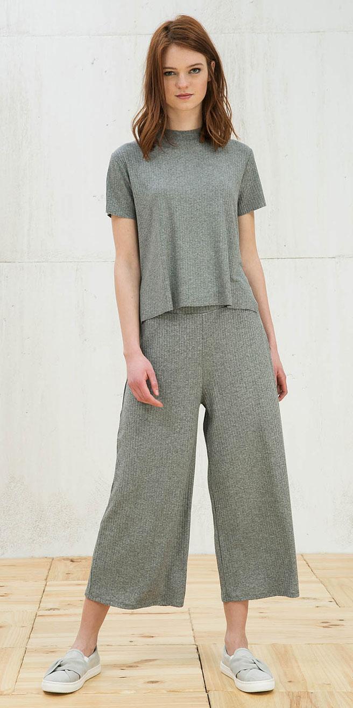 grayl-culottes-pants-grayl-top-matchset-gray-shoe-sneakers-spring-summer-hairr-weekend.jpg