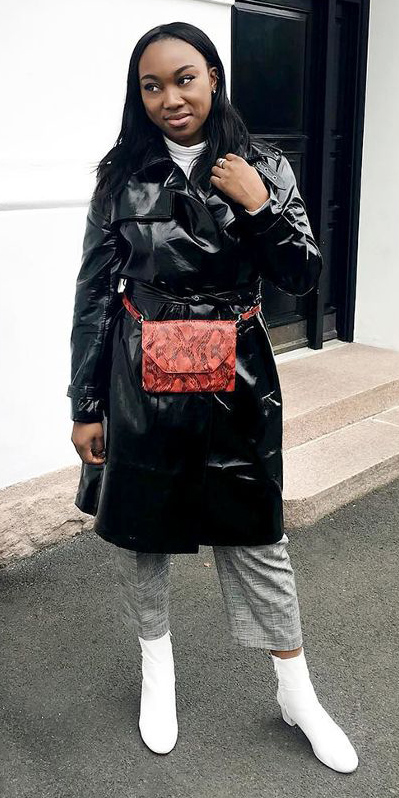 grayl-culottes-pants-red-bag-fannypack-white-shoe-booties-black-jacket-coat-trench-white-tee-turtleneck-brun-fall-winter-lunch.jpg