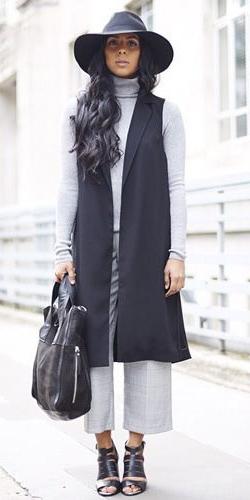 grayl-culottes-pants-hat-brun-grayl-sweater-turtleneck-black-bag-black-shoe-sandalh-black-vest-tailor-fall-winter-lunch.jpg