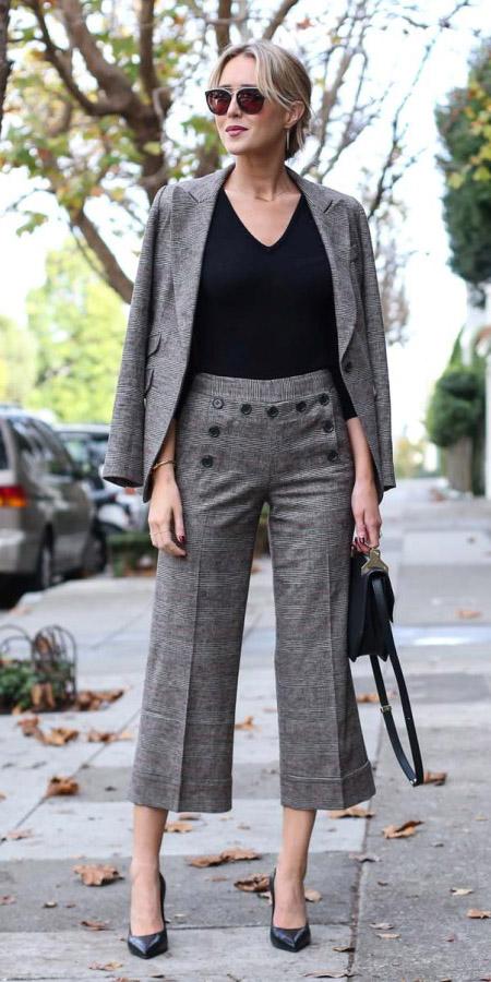 grayl-culottes-pants-black-tee-grayl-jacket-blazer-suit-black-shoe-pumps-black-bag-fall-winter-blonde-work.jpg