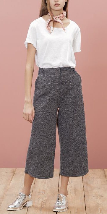 grayd-culottes-pants-white-tee-pink-light-scarf-neck-gray-shoe-brogues-silver-metallic-hairr-spring-summer-weekend.jpg