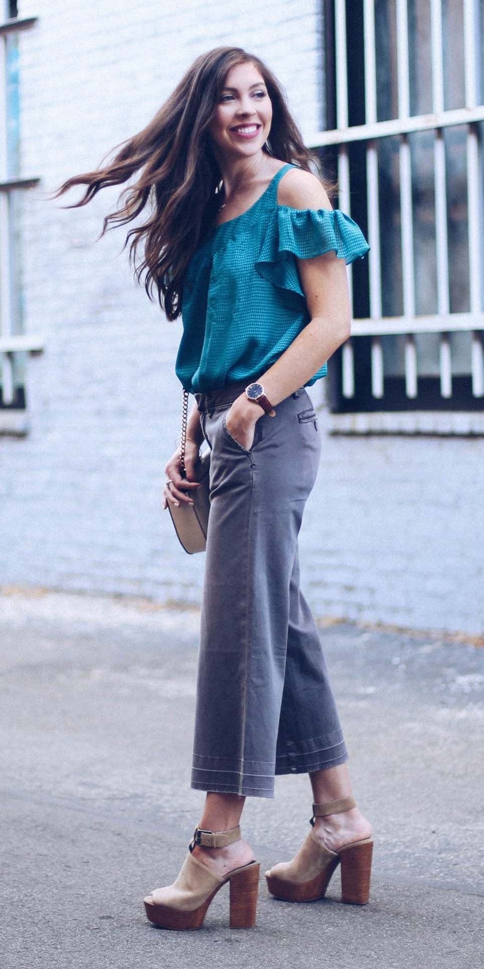 grayd-culottes-pants-blue-med-top-blouse-offshoulder-tan-shoe-sandalh-platforms-spring-summer-hairr-dinner.jpg