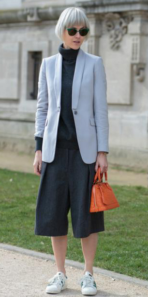 grayd-culottes-pants-grayl-jacket-blazer-orange-bag-sun-grayd-sweater-turtleneck-white-shoe-sneakers-fall-winter-lunch.jpg