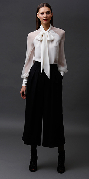 black-culottes-pants-white-top-blouse-tieneck-black-shoe-booties-fall-winter-hairr-dinner.jpg