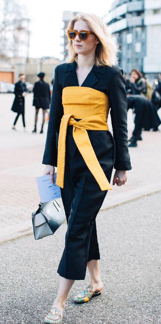 black-culottes-pants-yellow-crop-top-corset-layer-black-jacket-blazer-suit-sun-blonde-yellow-shoe-loafers-spring-summer-lunch.jpg