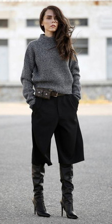 black-culottes-pants-charcoal-grayd-sweater-belt-black-shoe-boots-fall-winter-brun-lunch.jpg