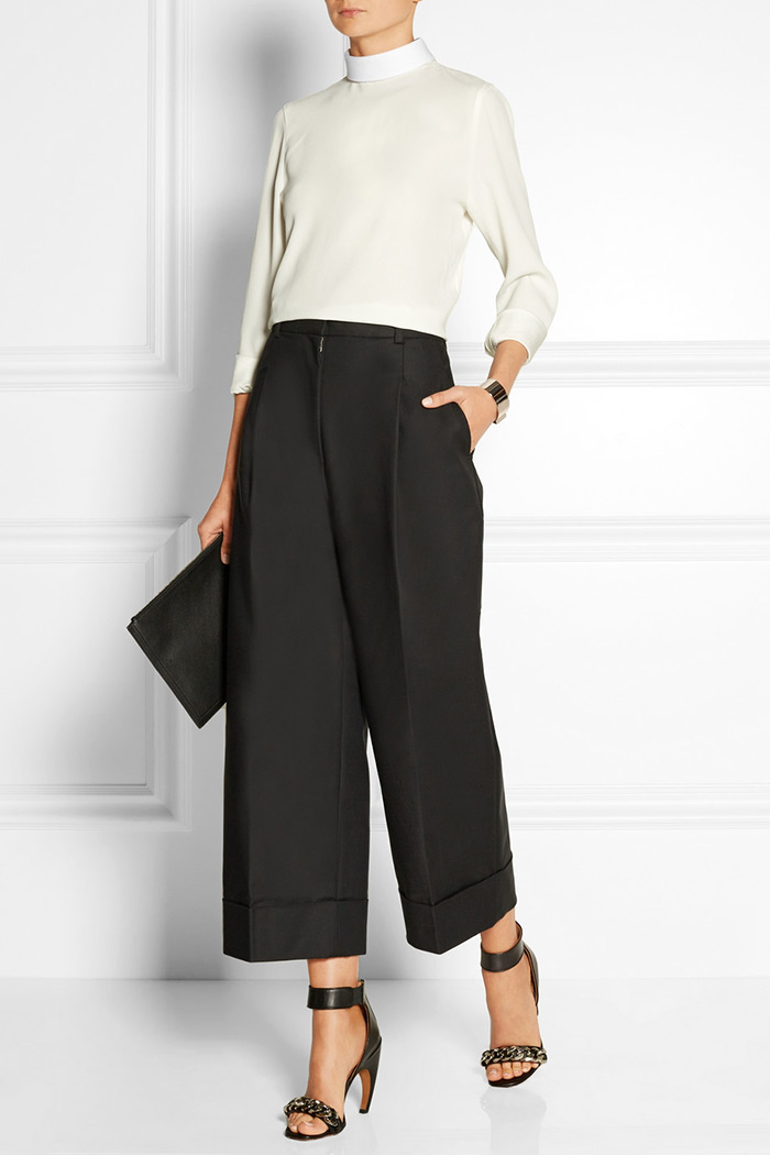 black-culottes-pants-white-sweater-black-bag-clutch-spring-summer-style-fashion-wear-black-shoe-sandalh-office-work.jpg