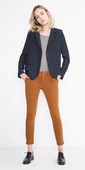 camel-chino-pants-black-tee-stripe-black-jacket-blazer-black-shoe-brogues-fall-winter-blonde-work.jpg