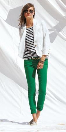 green-emerald-chino-pants-black-tee-stripe-white-jacket-blazer-sun-spring-summer-hairr-lunch.jpg