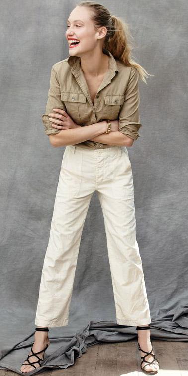 white-chino-pants-tan-collared-shirt-black-shoe-sandalh-pony-jcrew-spring-summer-blonde-lunch.jpg