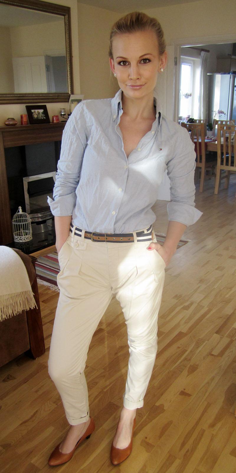 white-chino-pants-blue-light-collared-shirt-belt-cognac-shoe-pumps-pearl-studs-bun-spring-summer-blonde-work.jpg
