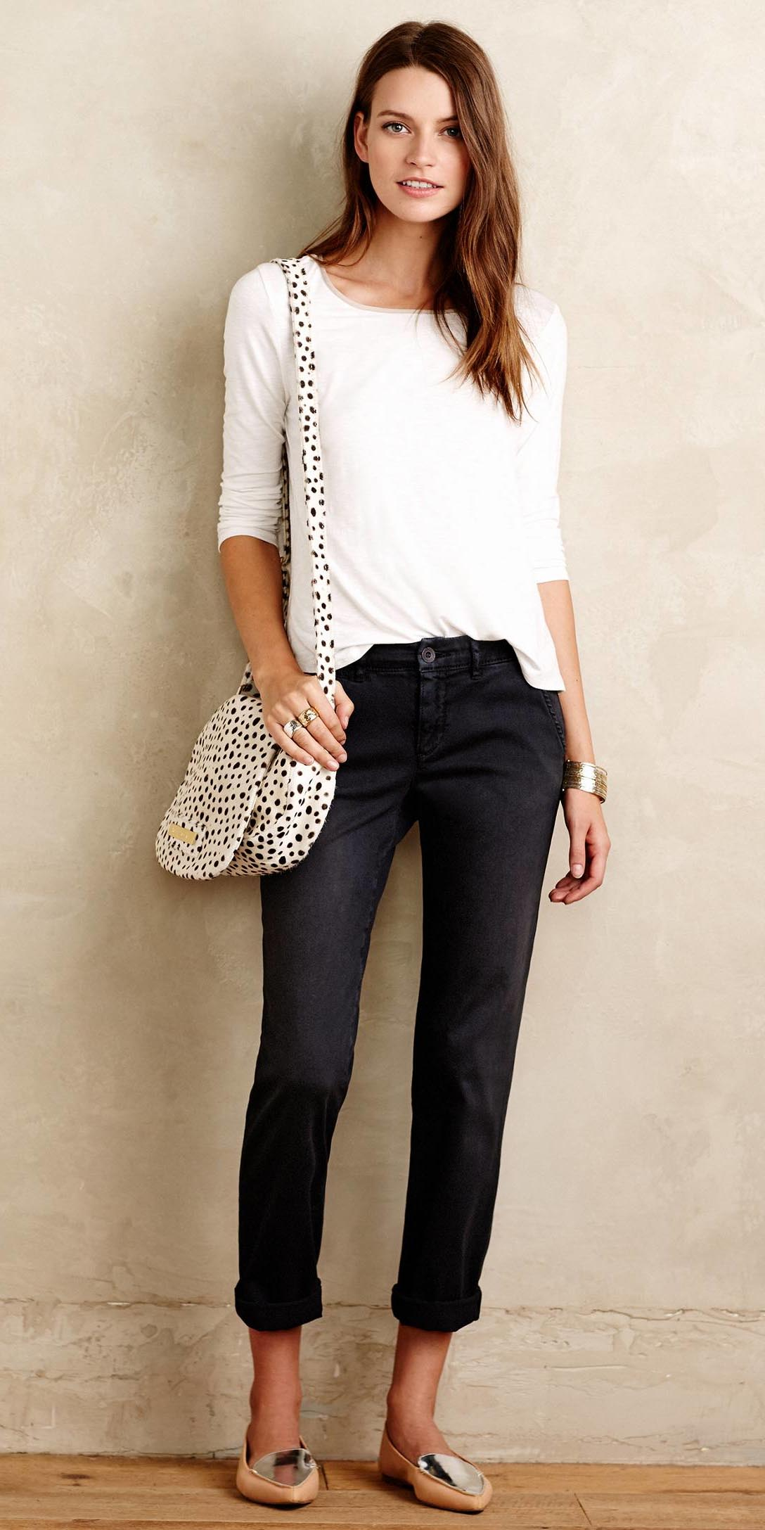 black-chino-pants-white-tee-white-bag-tan-shoe-loafers-spring-summer-hairr-weekend.jpeg