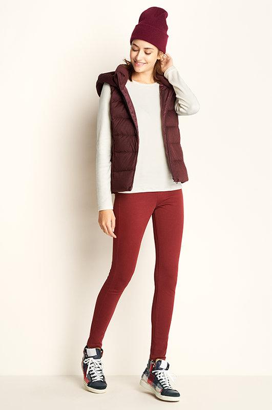 red-leggings-white-sweater-burgundy-vest-puffer-beanie-fall-winter-hairr-weekend.jpg