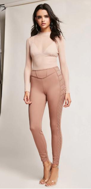 pink-light-leggings-pink-light-top-sheer-white-bralette-hoops-mono-fall-winter-brun-dinner.jpg