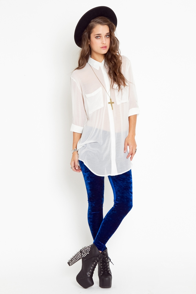 blue-navy-leggings-white-top-blouse-necklace-hat-velvet-black-shoe-booties-tunic-sheer-fall-winter-hairr-lunch.jpeg