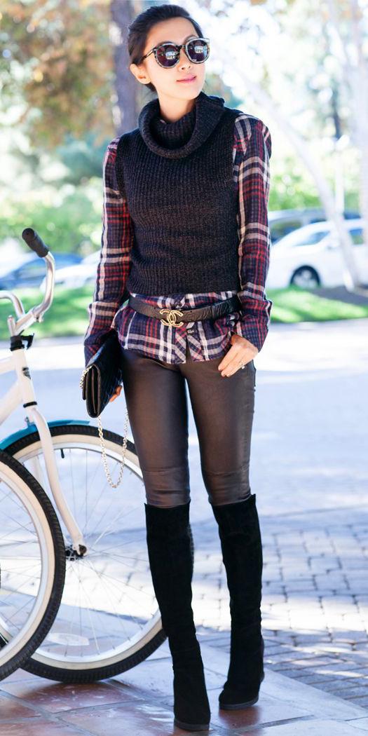 black-leggings-blue-navy-plaid-shirt-black-sweater-sleeveless-brun-sun-black-shoe-boots-bun-fall-winter-lunch.jpg