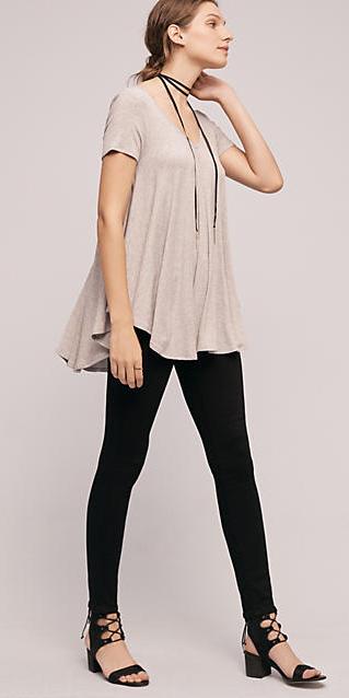 black-leggings-r-pink-light-tee-choker-bun-black-shoe-sandals-wear-outfit-fashion-fall-winter-hairr-lunch.jpg