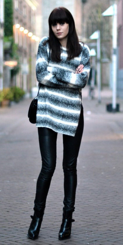 black-leggings-white-sweater-stripe-black-bag-black-shoe-booties-wear-outfit-fashion-fall-winter-leather-brun-lunch.jpg