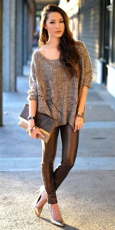 black-leggings-o-tan-sweater-black-bag-clutch-wear-outfit-fashion-fall-winter-tan-shoe-pumps-leather-brun-dinner.jpg