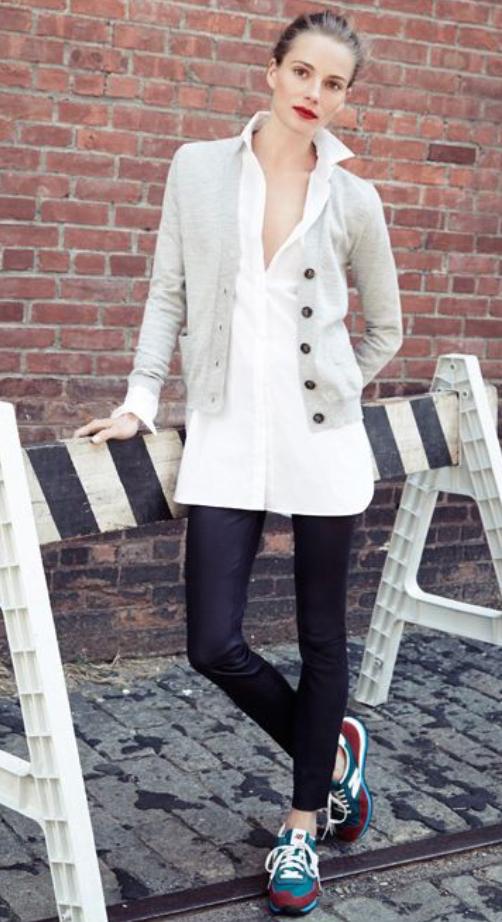 black-leggings-white-collared-shirt-wear-style-fashion-fall-winter-blue-shoe-sneakers-grayl-cardigan-tunic-blonde-bun-lunch.jpg