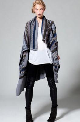 black-leggings-white-tee-grayl-cardiganl-bun-black-sho-booties-fall-winter-fairisle-blonde-weekend.jpg