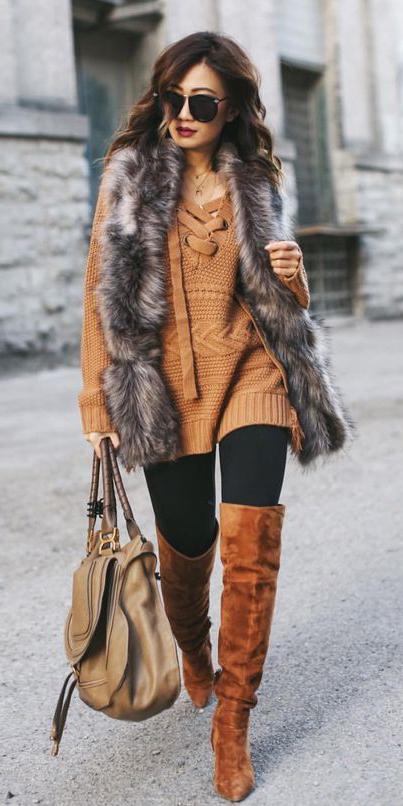 black-leggings-cognac-shoe-boots-otk-camel-sweater-tunic-grayd-vest-fur-sun-brun-tan-bag-fall-winter-lunch.jpg