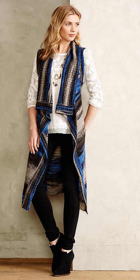 black-leggings-white-top-lace-necklace-blue-med-vest-knit-blonde-black-shoe-booties-fall-winter-lunch.jpg