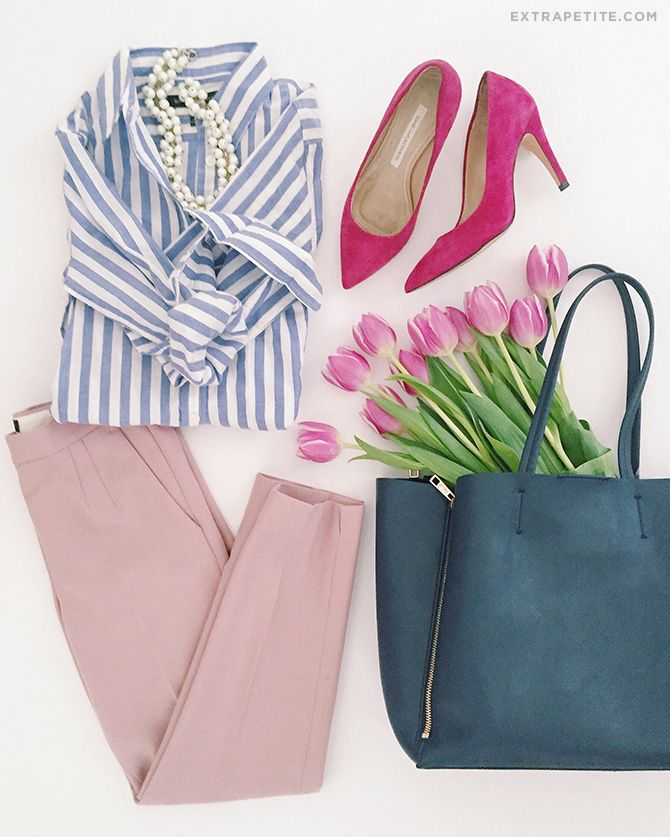 pink-light-slim-pants-blue-light-collared-shirt-howtowear-fashion-style-outfit-spring-summer-stripe-pearl-necklace-magenta-shoe-pumps-blue-bag-tote-work.jpg