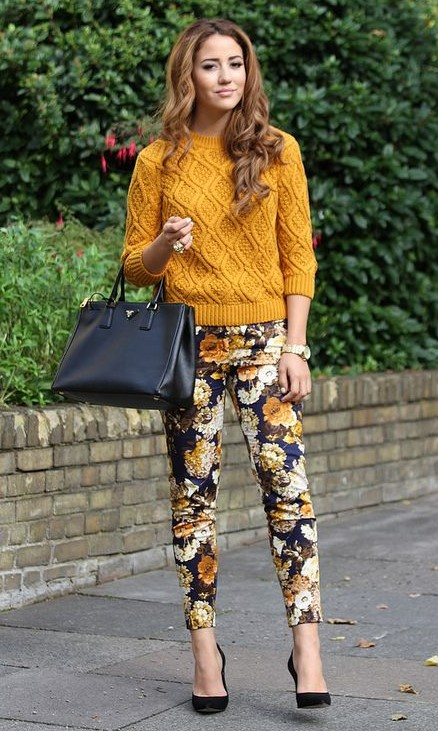 yellow-slim-pants-floral-print-yellow-sweater-hairr-black-bag-black-shoe-pumps-fall-winter-work.jpg