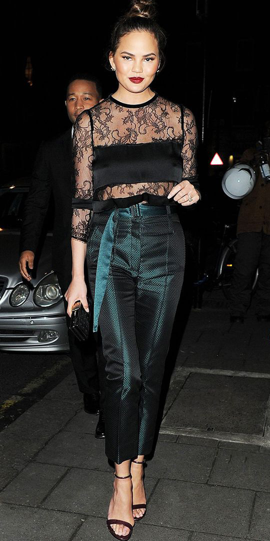 green-dark-slim-pants-black-top-lace-bun-black-shoe-sandalh-hairr-fall-winter-nye-dinner.jpg