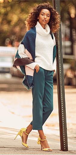 blue-med-slim-pants-white-sweater-blue-med-cardiganl-cape-yellow-shoe-sandalh-howtowear-turtleneck-fall-winter-brun-lunch.jpg